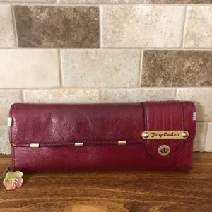 Juicy Couture Bags - Juicy couture Continental Mad Money Leather Wallet